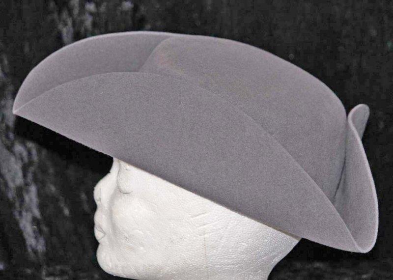 Französicher Damenhut Dreispitz Style 2, Rohling, ungarniert mit Stretchfutter, ohne Einfass